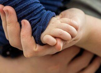 Czym jest rodzicielstwo bliskości